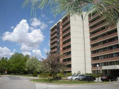 1002 - 2301 Derry Rd W, Mississauga,  sold, , Karin & Brian Vetere, Sutton Group - Summit Realty Inc., Brokerage*